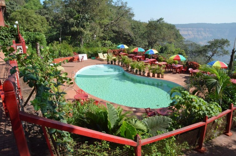 Lords Central Hotel Matheran